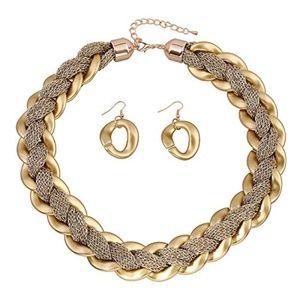 Jewelry - Women's Big Choker Statement Necklace Short Collar